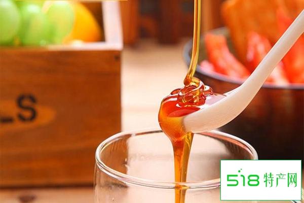蜂蜜水怎么喝丰胸?蜂蜜有丰胸功效吗?