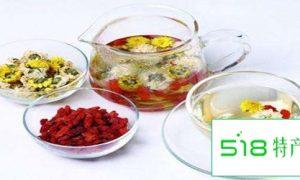 女性喝这四种花茶能调经养颜