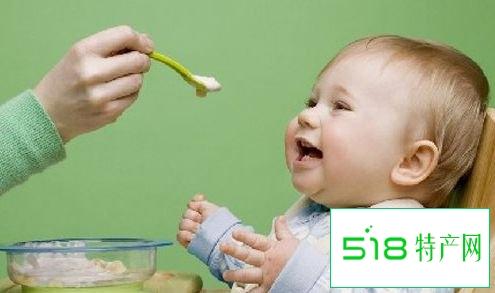 给宝宝食盐不同年龄段需求不同