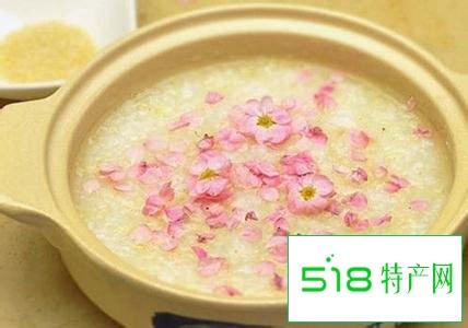美容食谱:养颜桃花粥
