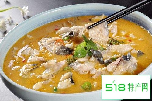苗家风味美食——酸汤鱼的做法