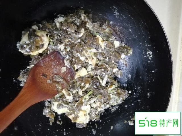 地皮菜,现在已经很少见了,大家都是怎么吃这种菜?