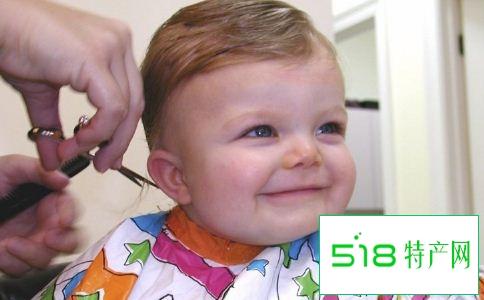 一岁半宝宝头发发黄怎么回事 宝宝头发黄怎么办 宝宝头发黄怎么回事