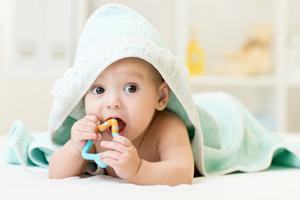 新生儿21天长了4公分正常吗