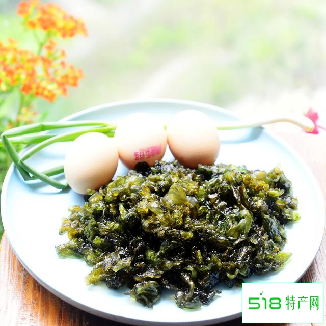 清明踏春,遇到地皮菜可不要错过,拿回家炒个鸡蛋吧,清香又嫩滑