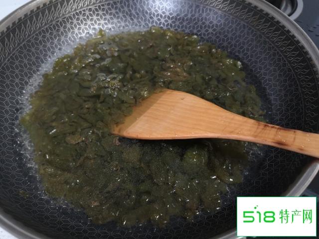 地皮菜这样炒没有泥土味,味道太好了,一盘不够吃!