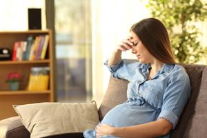 11个月宝宝一天拉5次怎么办