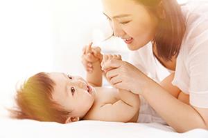 宝宝下巴脸有疹子发红了怎么办