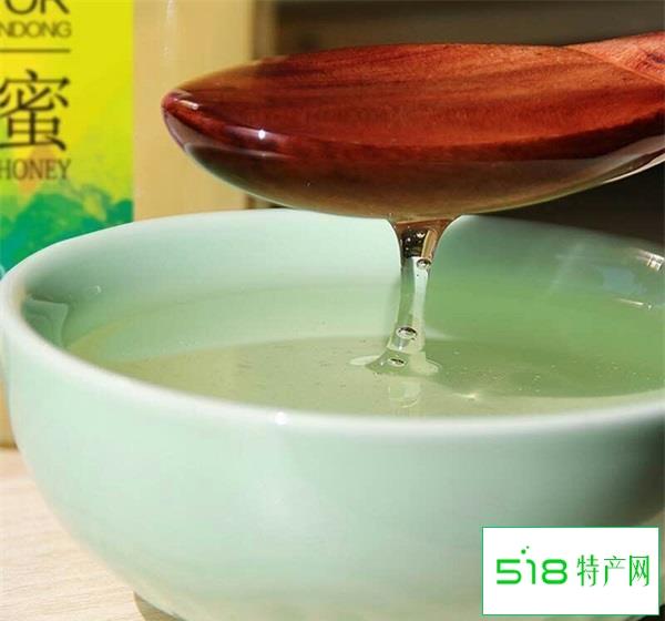 芒果蜂蜜汁的做法?蜂蜜芒果汁有什么好处?做法太简单了
